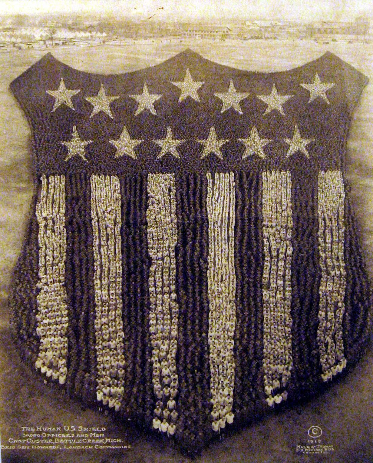 Vintage-Photos-Mole-Thomas-1918-Human-US-Shield-1